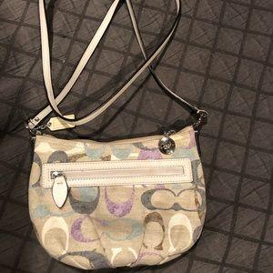Coach crossbody purse (small)
